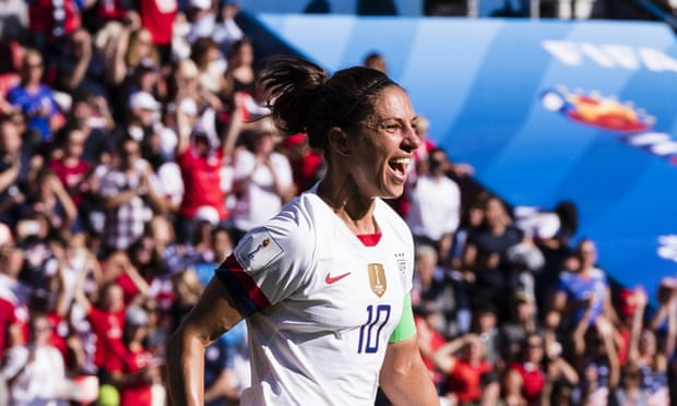 Carli Lloyd scores double as USA sweep Chile aside to advance to last 16