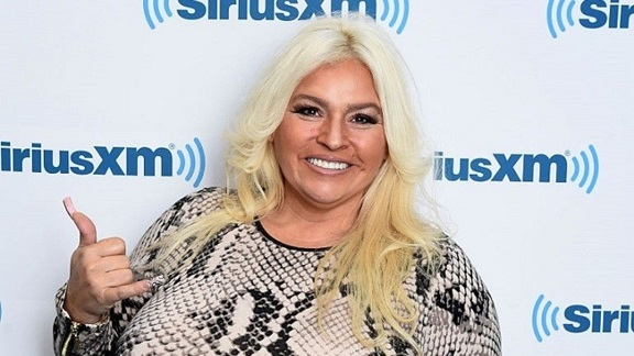 Beth Chapman from Dog the Bounty Hunter is in a medically induced coma