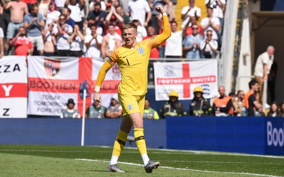 Jordan Pickford saves the day as England beat Switzerland on penalties