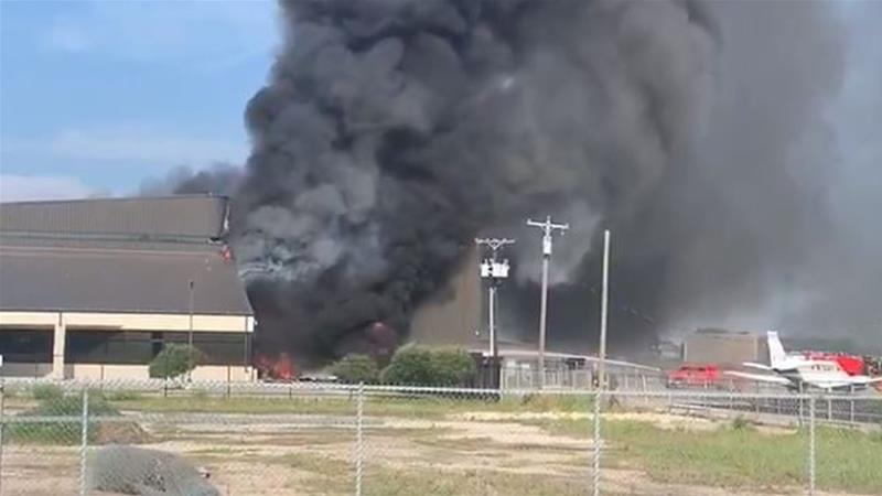 Texas twin-engine plane crash kills 10 near Dallas