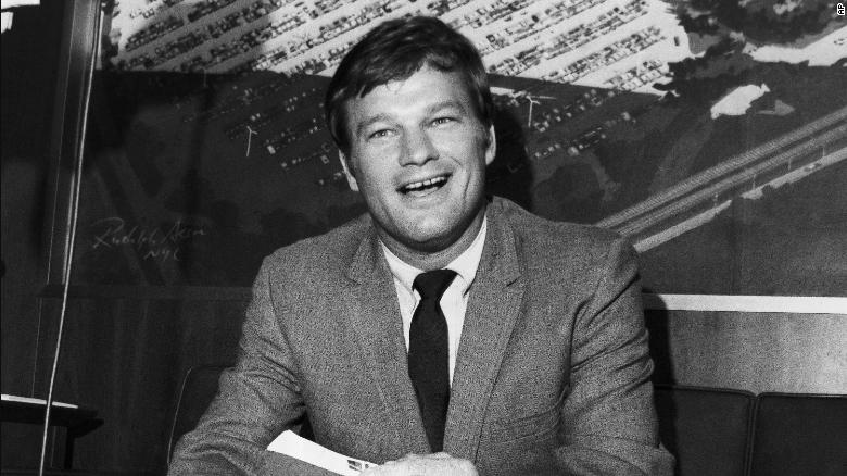 Jim Bouton, Ball Four author and former Yankees pitcher, dies at 80