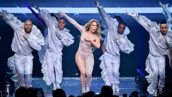 Jennifer Lopez reschedules Madison Square Garden show after NYC blackout