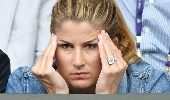 Wimbledon commentator blasted for Mirka Federer 'costume jewellery' comment