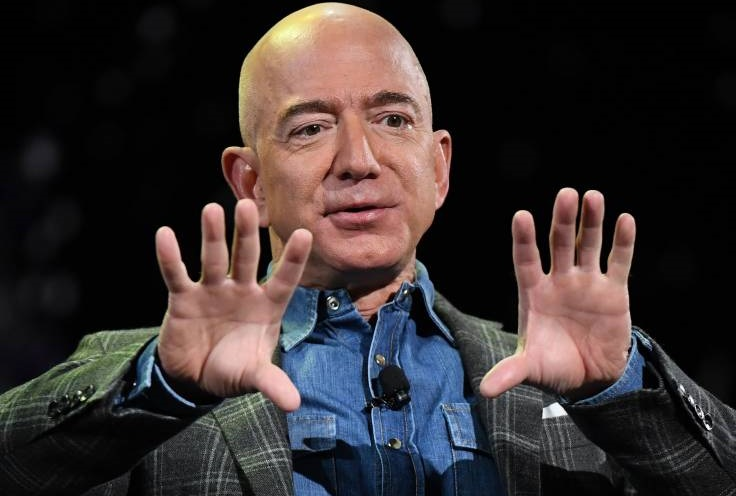 Amazon Protesters to Deliver Petition of 270,000 Signatures to Jeff Bezos