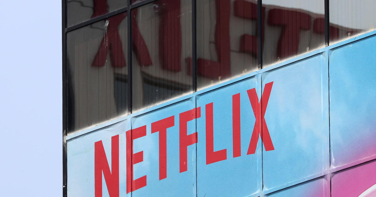 Netflix stock tanks after U.S. subscriber count falls