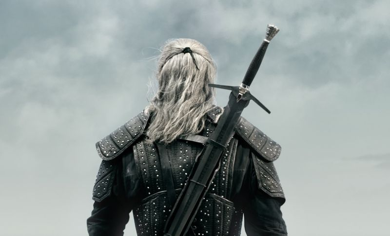 Henry Cavill Unveils 'The Witcher' Trailer, Talks Performing His Own Stunts at Comic-Con