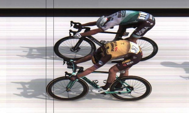 Mike Teunissen pips Peter Sagan to line in Tour de France stage one photo finish