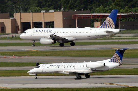 Flight attendant from Waukesha arrested after passenger alerts United: She appears to be quite drunk; Air Wisconsin was operating flight