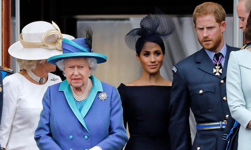 Queen agrees on period of transition for Harry and Meghan