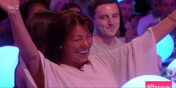 Love Island: Antons Mum Becomes An Internet Sensation After Excitable Aftersun Appearance