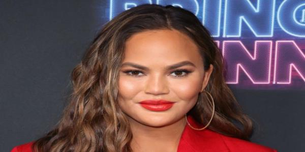 Chrissy Teigen describes the shock of getting rage-tweeted by Trump: My heart stopped