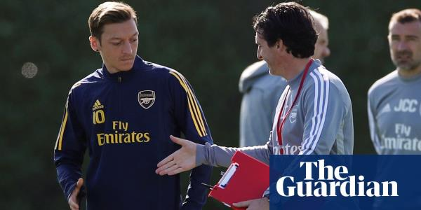 Unai Emery rests Mesut Özil for Europa League opener to manage workload
