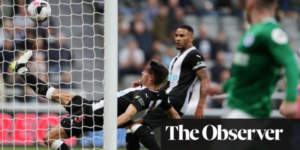 Fabian Schär rescues Newcastle in drab stalemate with Brighton