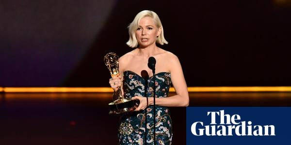 Michelle Williams gives powerful Emmys acceptance speech on pay inequality – video