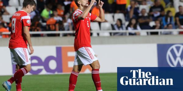 Euro 2020 roundup: Russia and Poland qualify as 10-man Germany win