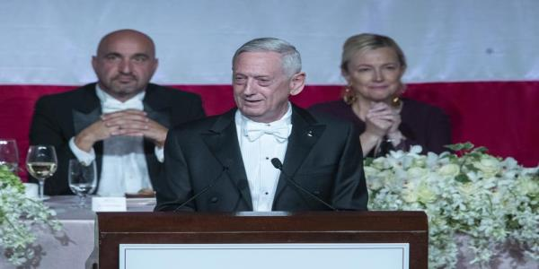 James Mattis pokes fun at Trumps insult: I guess Im the Meryl Streep of generals