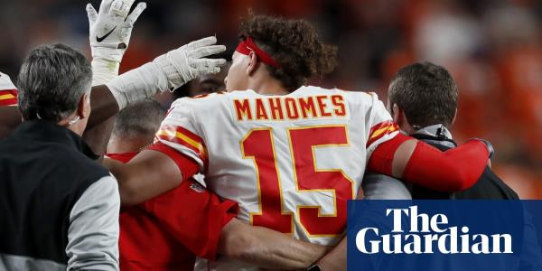 Kansas City Chiefs throttle Broncos but lose Patrick Mahomes to knee injury