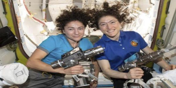 Watch NASAs 1st all-female spacewalk
