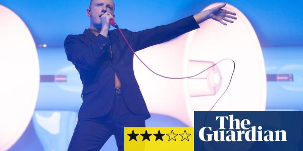 Two Door Cinema Club review – kings of uncool get the pints flying