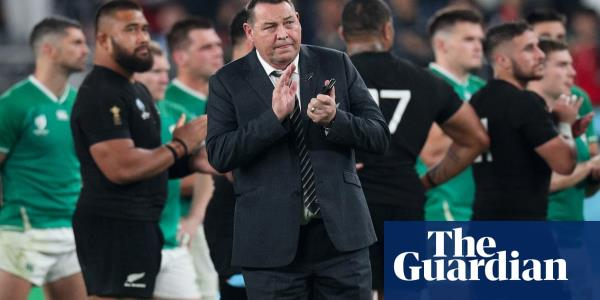 'We'll have a beer': Steve Hansen and Eddie Jones swap texts before semi-final