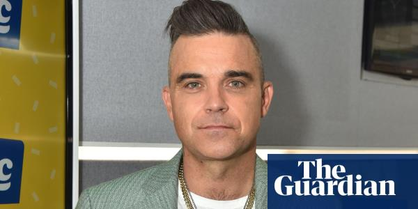 'I just don't like them': Robbie Williams hasnt owned a phone since 2006