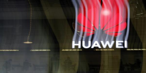 Taiwan halts sales of three Huawei phones in wording row
