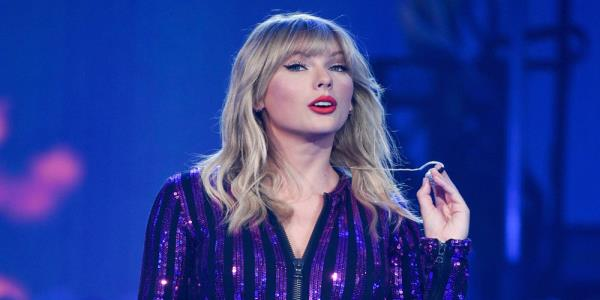 American Music Awards Deny Agreement With Big Machine Over Taylor Swift Songs