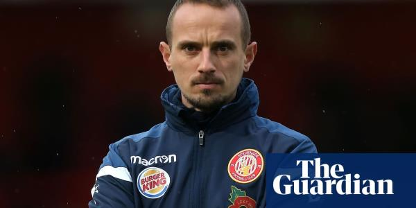 Stevenages Mark Sampson charged by FA over offensive remark about player