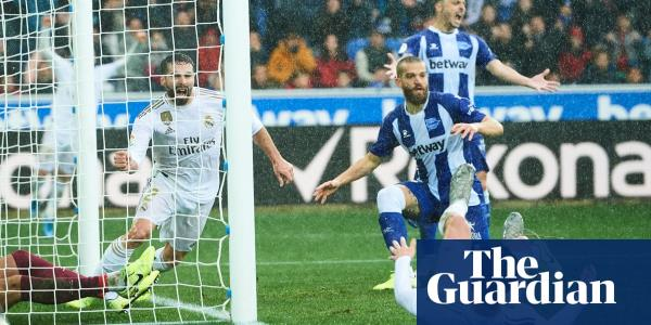 Dani Carvajal's late winner puts Real Madrid on top of La Liga