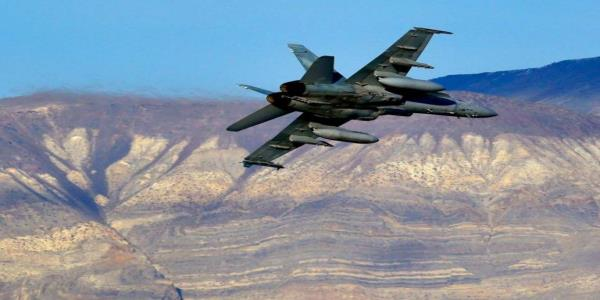 Pilot missing after US fighter jet crashes in Death Valley, leaving sightseers injured