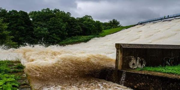 Whaley Bridge Dam Collapse: RAF Chinook Drafted In To Derbyshire Town