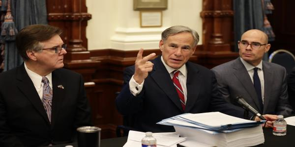 Texas governor says mistakes made in immigrant rhetoric