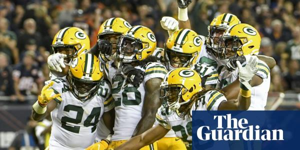 Green Bay Packers smother Chicago Bears to take victory in NFL season opener