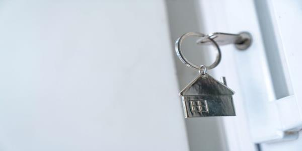 Nearly Half Of Working Renters One Pay Cheque Away From Losing Home