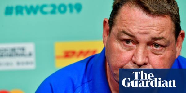 Steve Hansen points finger at Rassie Erasmus for putting pressure on referees