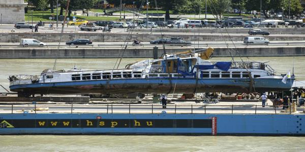 Tour boat captain not to blame in deadly Danube crash