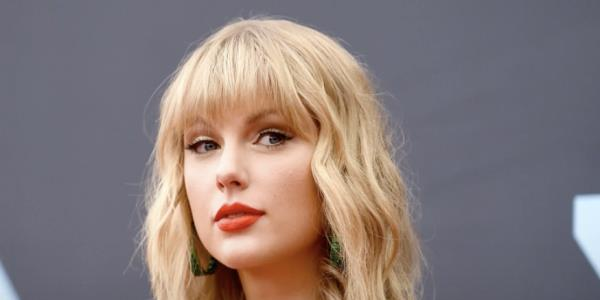 #IStandWithTaylor: Fans, celebrities defend Taylor Swift in ongoing Scott Borchetta/Scooter Braun feud