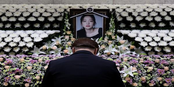 K-Pop Suicide Sparks a Reckoning on Revenge Porn, Sexual Assault
