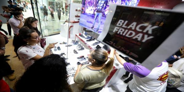 Black Friday comes to Venezuela as socialist government loosens controls