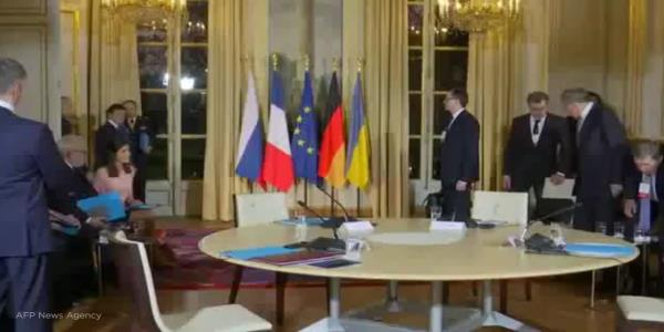 Russia and Ukraine leaders meet in Paris push to end their conflict