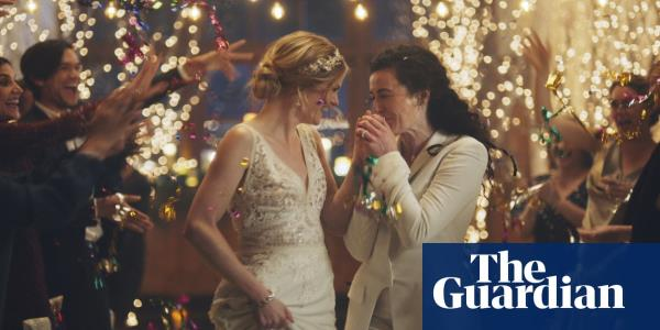 Hallmark Channel pulls same-sex wedding ads under conservative pressure