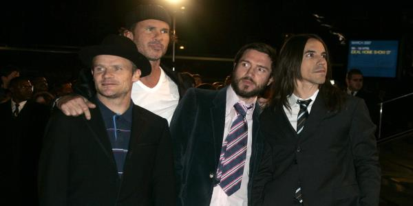 Guitarist John Frusciante Rejoins the Red Hot Chili Peppers — Again​