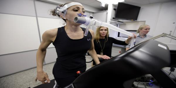 Military studies hyperfit women who pass grueling courses