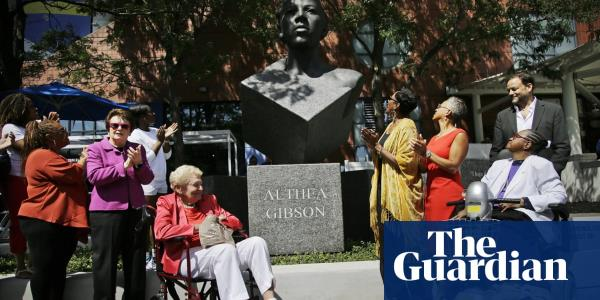 Venus Williams into US Open second round as Althea Gibson honoured