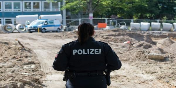 Thousands evacuated in Germany as WWII bomb found