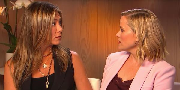 Jennifer Aniston And Reese Witherspoon Recreate Their Most Famous Friends Exchange