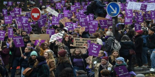 Tens of thousands march in France, Italy to protest femicide