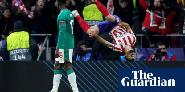 Atlético Madrid ease past Lokomotiv Moscow despite Trippier penalty miss