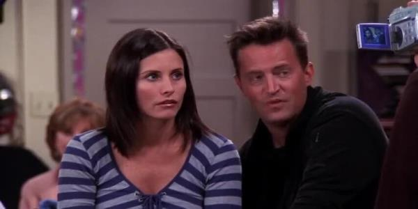 Friends Baby Emma Responds To *That* 2020 Scene With A Joke Chandler Would Be Proud Of