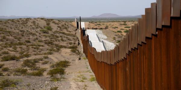 U.S. appeals court stays judges ruling blocking military funds for border wall